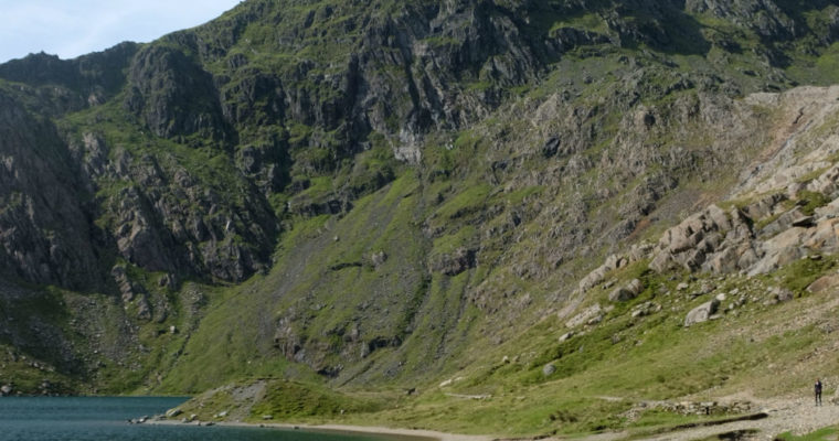 Hiking Mt Snowdon – a Weekend Guide